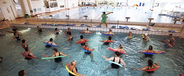 Renovering holder svømmehallen lukket lidt endnu