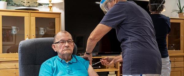 Alle plejehjemsbeboere i Frederikshavn Kommune er nu vaccineret
