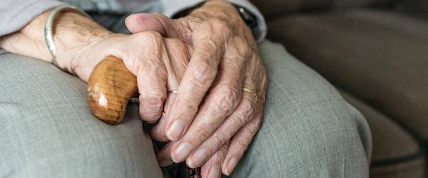 De ældre på Frederikshavns Kommunes plejecentre kan igen få besøg