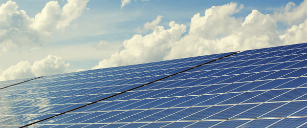 Politikere skal tage stilling til solcelleanlæg og vindmøller