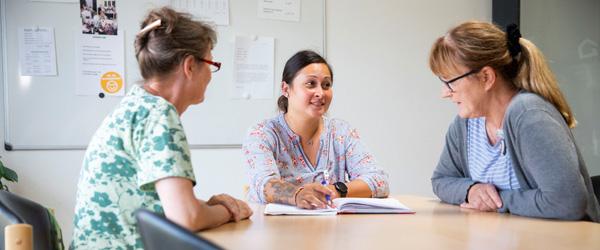 Ung SOSU-assistent er allerede prismodtager og praktikvejleder